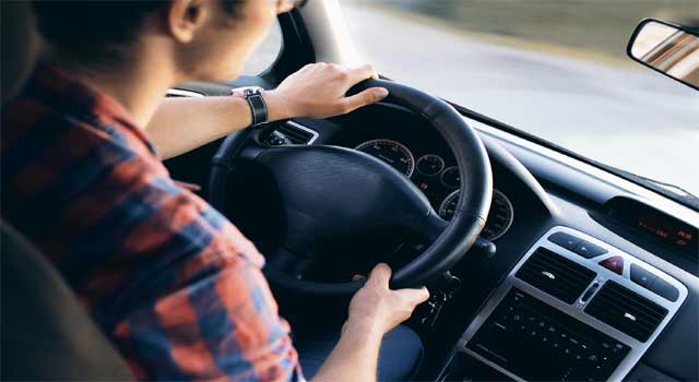 How to Drive a Car (with Pictures) - wikiHow