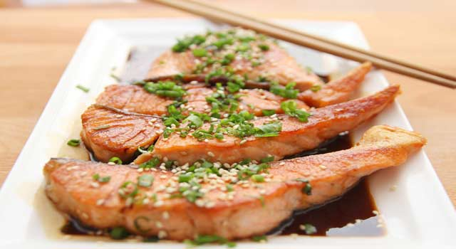 Health Benefits of Eating Salmon Daily