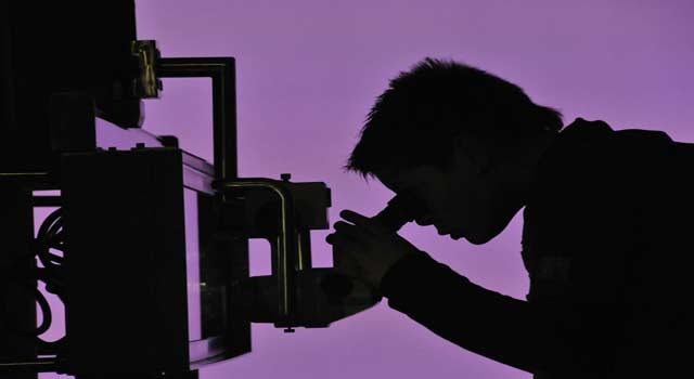 What is a Microscope and Microscope Parts