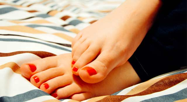 6 Best Ways to do a Pedicure yourself at Home