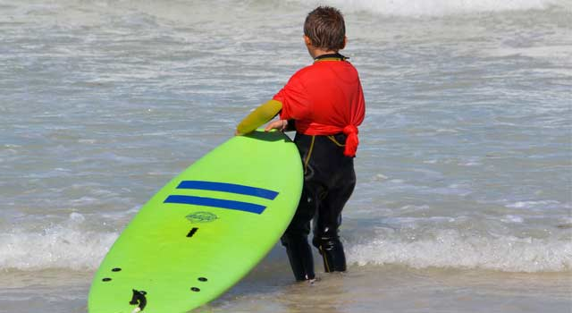 How to Choose the Right Surfboard for Me (6 Steps)