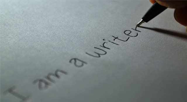 6 Easy Steps to Become a Writer and get Paid - HowFlux