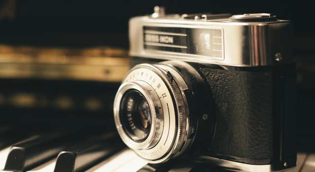 How to Choose a DSLR Camera for Making Youtube Video
