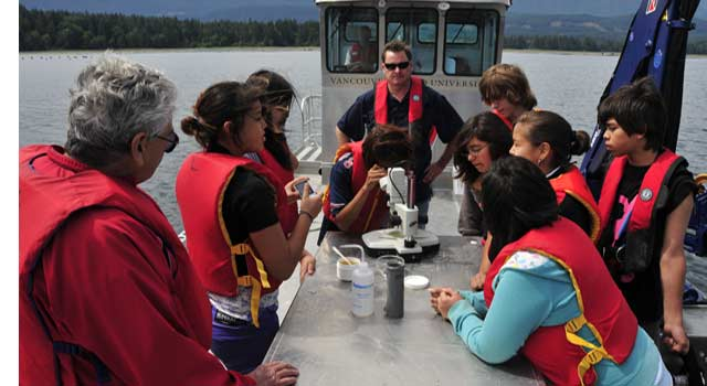 6 Important Steps to Become a Marine Biologist - HowFlux