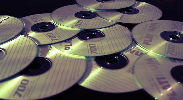 How to Install a DVD Writer in a Computer