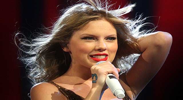 How Taylor Swift become Famous