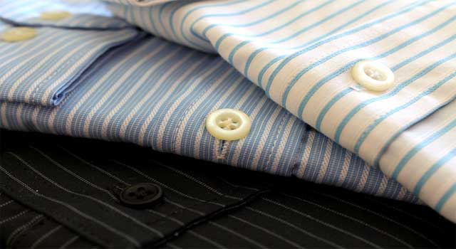 how to fold a shirt correctly after ironing