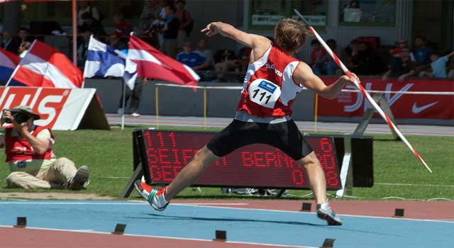 How to Throw a Javelin Step by Step